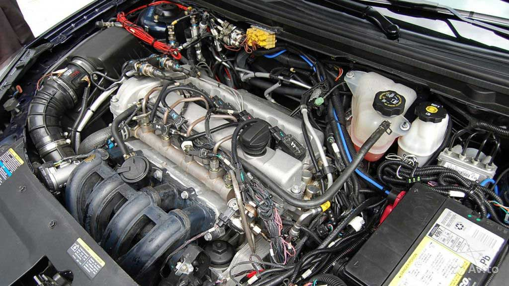 Двигатель держит высокие обороты на холостом ходу